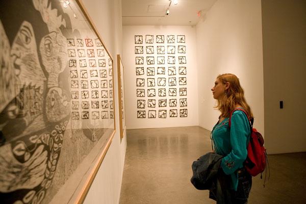 Art Museum Visual Exhibition