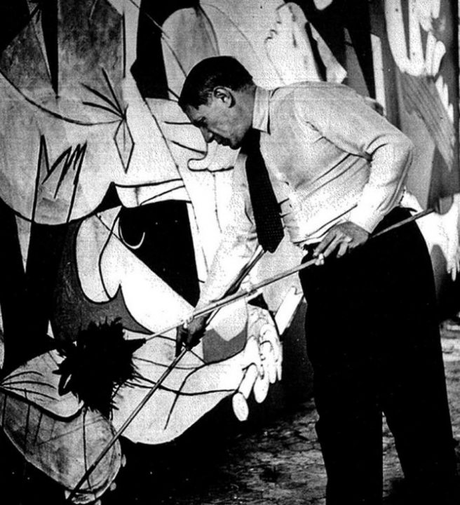 Pablo Picasso Painting Guernica
